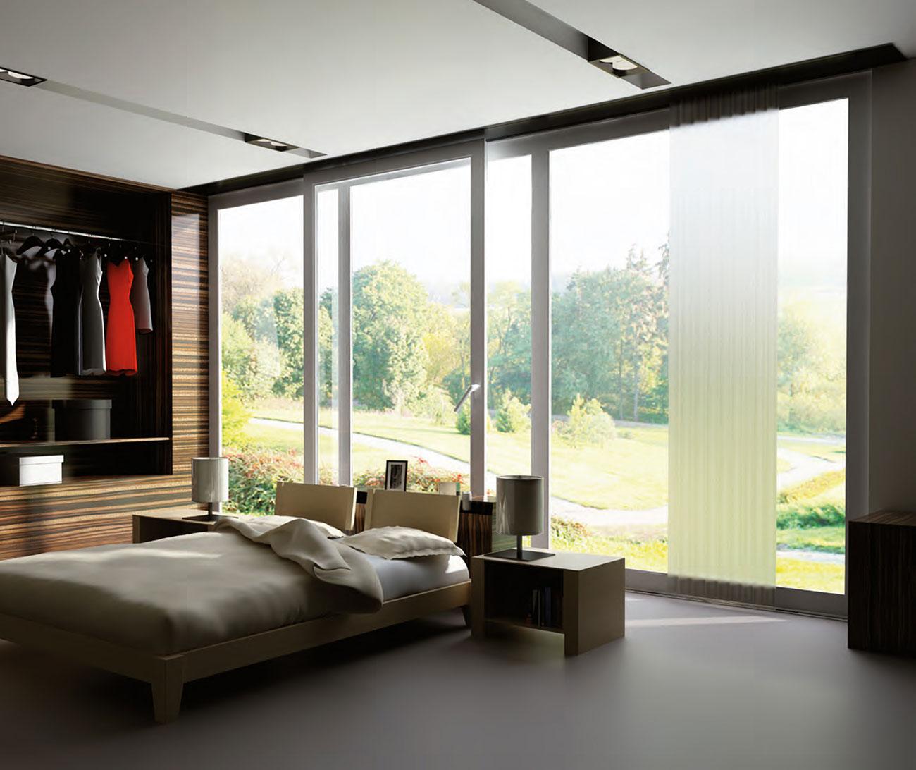 Große Fenster im Schlafzimmer von Ottis Fenster und Türen