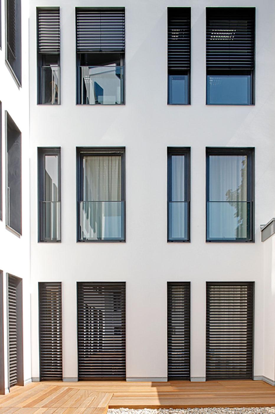 Fenster und Terrassentüren aus Kunststoff von Ottis Türen und Fenste