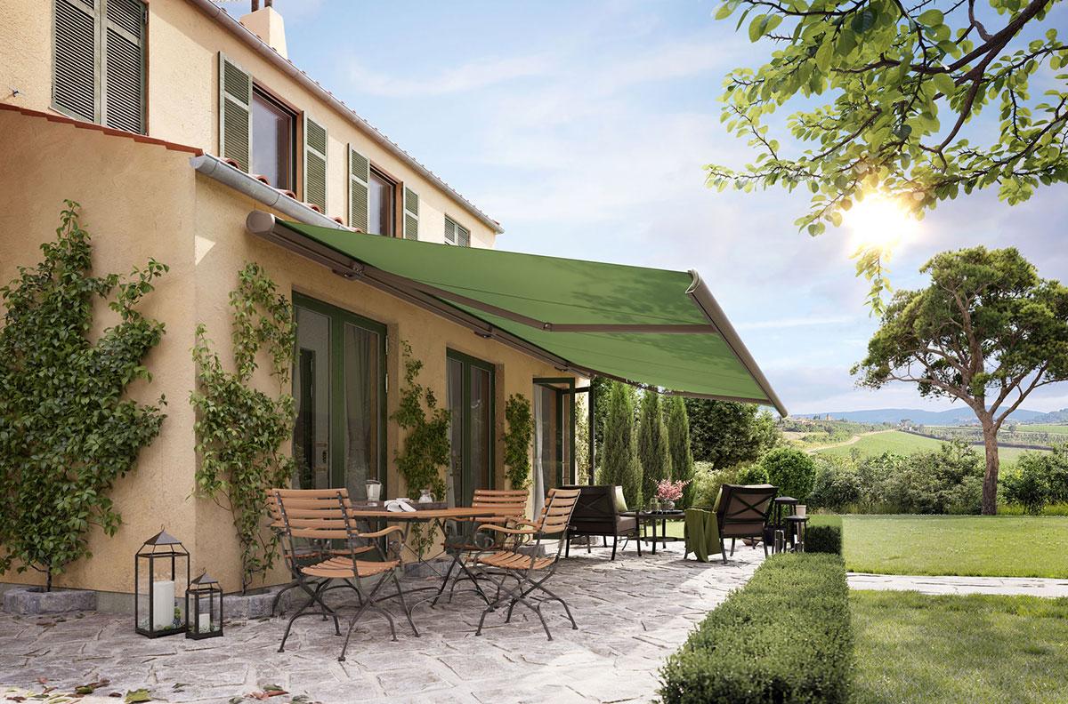 Markise für Terrasse der Marke Markilux von Ottis Fenster und Türen