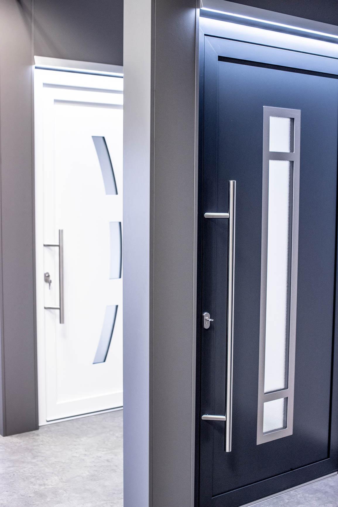 Türen im Showroom von Ottis Türen und Fenster